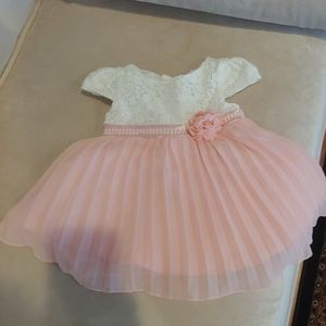 Infant dress with pearls and pleats
